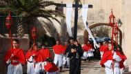 Wenn die Bruderschaften wandern: Prozessionen ziehen durch Bonifacio, manchmal fünf gleichzeitig.
