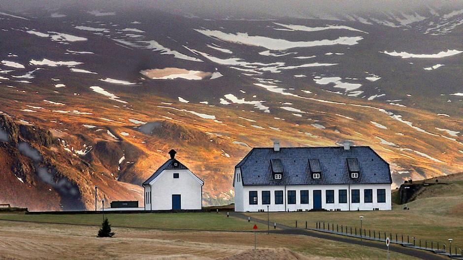 Wo Vulkane weibliche Namen tragen und gewöhnliche Berge männliche: Aus Abenteuern entstehen in Island Geschichten und daraus wiederum Literatur.