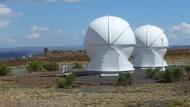 Welches Rätsel steckt hinter dem Ursprung des Universums? Die Antwort werden vielleicht eines Tages diese Teleskope in der Karoo-Halbwüste geben.