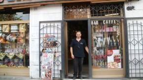 Kaffee und gute Worte: Diego Galdino weiß, was seine Kunden wünschen.