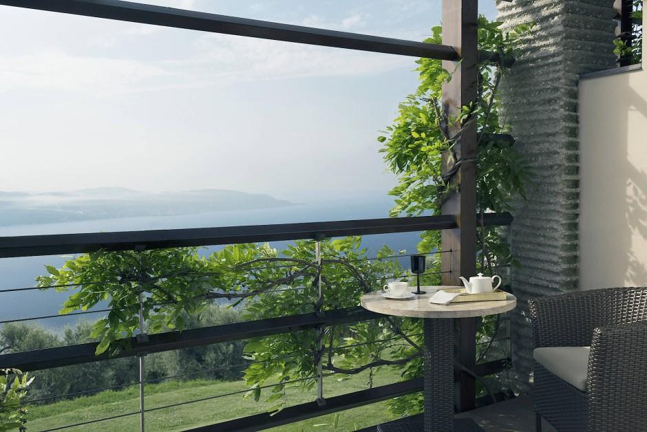 Nichts, was stört oder ablenkt: Blick vom Balkon einer der Suiten.