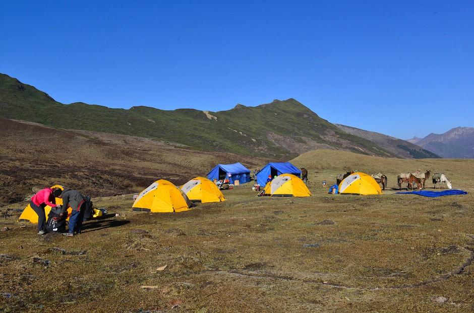 Auf dem Höhepunkt des Luxus: Letztes Lager auf dem Chomolhari-Trek in Bhutan.