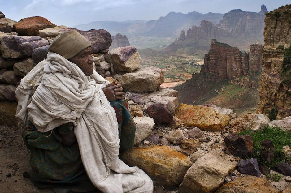 Intalnire de fata etiopiana femei singure peste 45 de ani