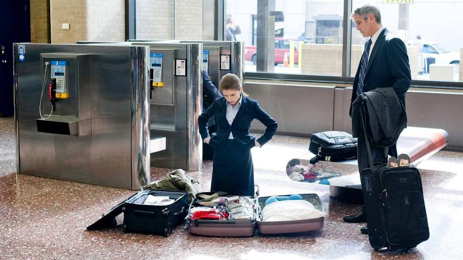 Wo sind nur all die Frequent-Flyer-Meilen geblieben? Anna Kendrick und George Clooney in Up in the Air.