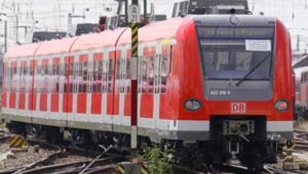 Bahnfahren wird für Millionen Pendler teurer