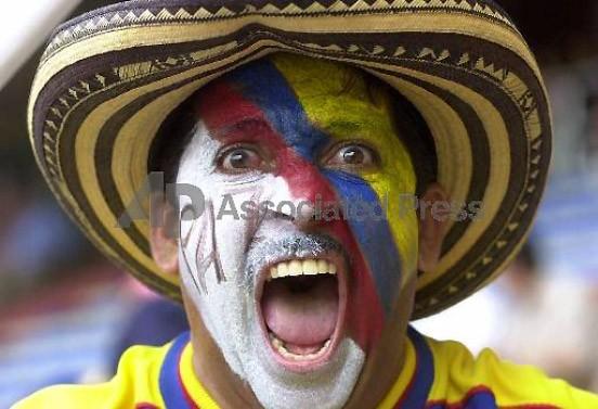 Patrioten nicht nur beim Fußball: Die Kolumbianer sind immer stolz auf ihr Land, auch dann, wenn sie wenig Grund dazu haben.