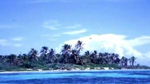 Inseln: Schmusende Mantas und weibliche Gottheiten