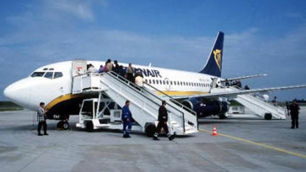 Billigflieger ryanair startet ab friedrichshafen for Depot friedrichshafen