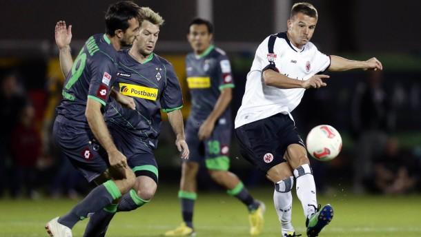 11.01.2013, Fussball, 1. BL, Trainingslager Eintracht Frankfurt in Abu Dhabi - Tag 7 - Testspiel Gladbach