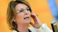"""Verteidigerin: """"Sie haben die Grundlagen dafür geschaffen"""", sagte Grünen-Umweltministerin Priska Hinz an die Adresse der FDP"""