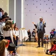 Derzeit so stark online unterwegs wie noch nie: Rabbiner Julian-Chaim Soussan, hier beim jüdischen Lichterfest 2019 in Frankfurt zu sehen