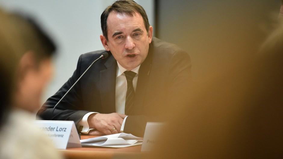 In der Kritik: Hessens Kultusminister Alexander Lorz.
