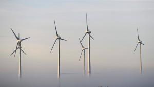 CDU will größeren Abstand für Windräder