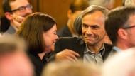 Glücklicher Gewinner: Lutz Seiler (rechts) mit seiner Frau Charlotta Seiler-Brylla im Frankfurter Römer