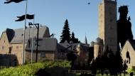 Im Zeichen der Brüder Grimm: Schloss in Steinau