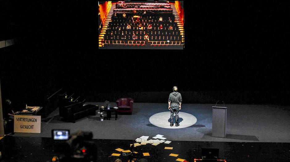 """Auf die Bühne bitte: """"Konferenz de Abwesenden"""""""