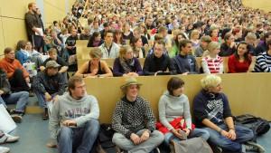 Seminare mit hundert Leuten sind keine Seminare mehr