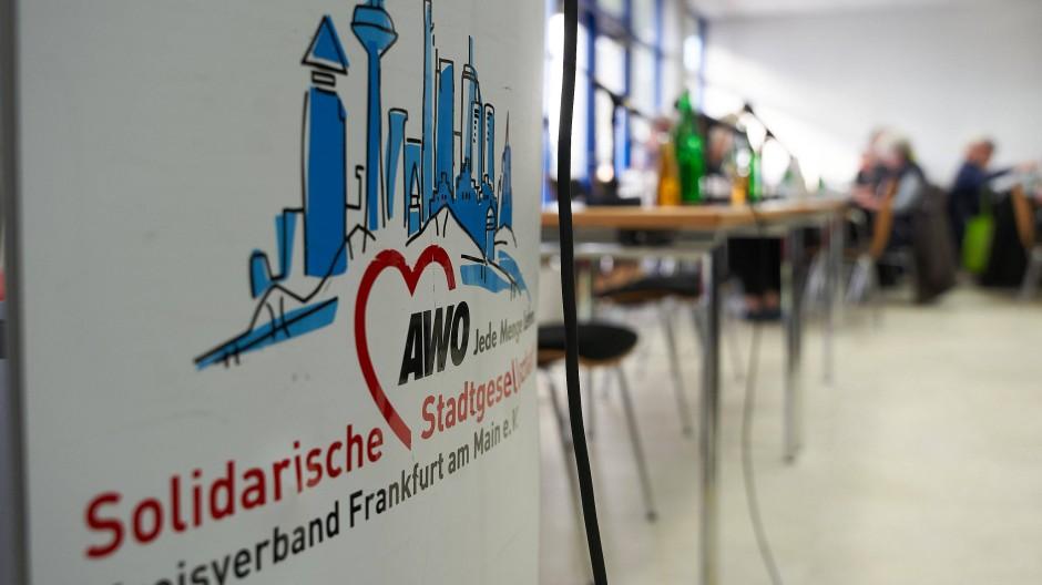 Plakativ: Der Awo-Kreisverband will zurück zu seinen Werten finden.