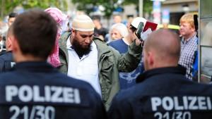 FDP: Beuth zu weich im Kampf gegen Salafisten