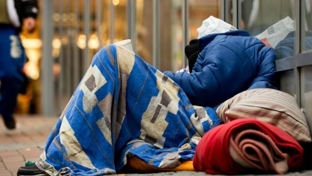 Obdachloser grundlos krankenhausreif geschlagen