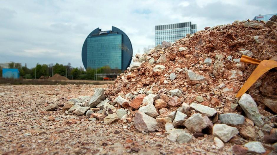 Abbruch und Aufbau: In Frankfurt entstehen jährlich nach wie vor Tausende Wohnungen