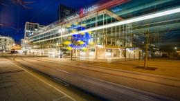 """""""Schauspiel Frankfurt am Platz des Euro-Zeichens bauen"""""""