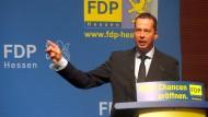 """Florian Rentsch auf dem Parteitag: Den Grünen hielt er eine """"Theorie des Nullwachstums"""" vor, die die Prosperität Hessens aufs Spiel setzte."""