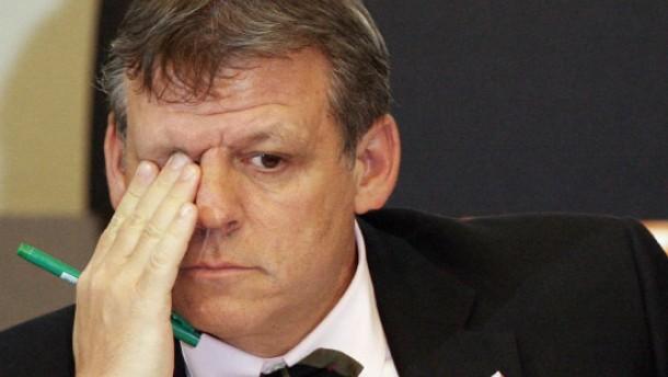 Minister Hoff: Vieles lief auf informellen  Wegen