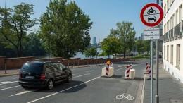 Stadt Frankfurt lässt Mainkai-Sünder blitzen