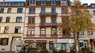 Besitzerwechsel: Die Immobilie Adalberstraße 11 gehört nun einer Investmentgesellschaft - nicht jedem im Viertel gefällt das