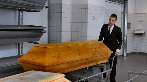 Der Tod begleitet ihn jeden Tag