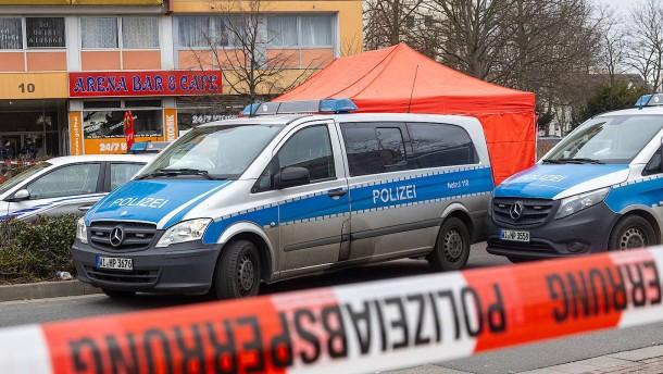 Innenminister muss sich Fragen zur Tatnacht von Hanau stellen