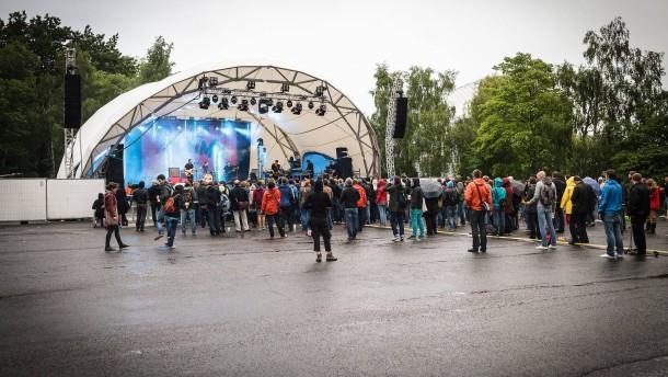 """Nur wenige Besucher: """"Lüften""""-Festival ein Flop"""