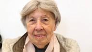 """Eine """"Institution"""" für Frankfurt: Trude Simonsohn bei einer Buchvorstellung"""