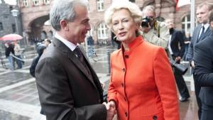 Feldmann wird als Oberbürgermeister vereidigt