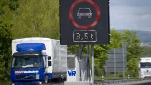 Mainz soll Wiesbadens Personalkosten begleichen