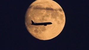 Lufthansa wartet ab, Offenbach will klagen