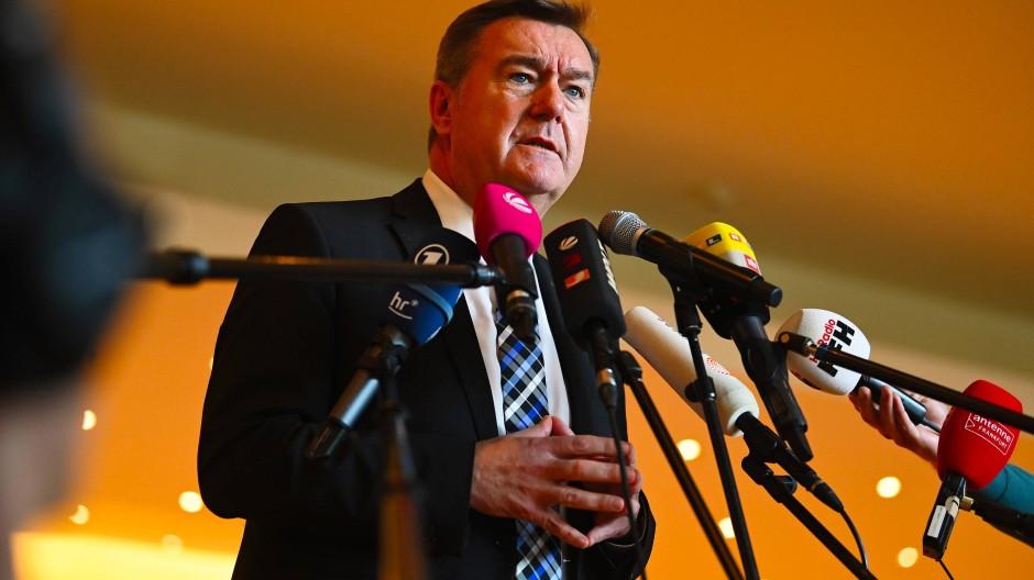 Standhaft: Hanaus Rathauschef Claus Kaminsky (SPD)