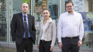 """Sehen sich als """"Junge Alternative"""": Michael Werl, Ann-Katrin Magnitz und Marius Dilli vor der Kasseler Uni"""