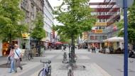 Testlauf: In der Offenbacher Fußgängerzone darf künftig ganztägig geradelt werden