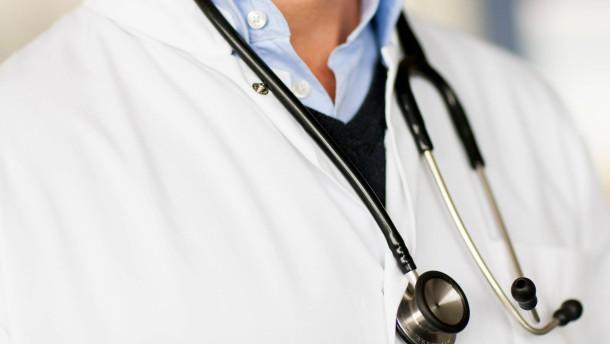 Bald einheitliche Nummer für Arztbereitschaft