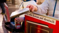 Todesdrohung: Räume von Koran-Verteiler durchsucht