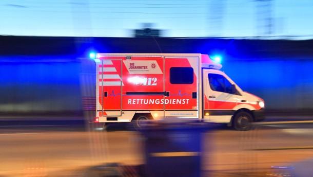 Explosion in Hochhaus fordert drei Verletzte