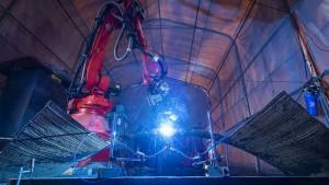 Die erste Stahlbaubrücke ihrer Art aus dem 3-D-Drucker