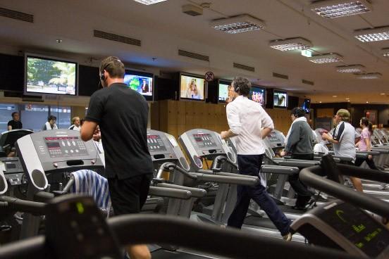 fitnessstudios werben um kunden privattrainer mit geld zur ck garantie wirtschaft faz. Black Bedroom Furniture Sets. Home Design Ideas