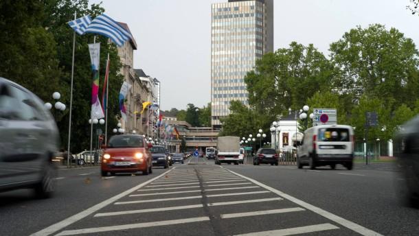 Hochhaus-Sprengung auch in Wiesbaden im Gespräch