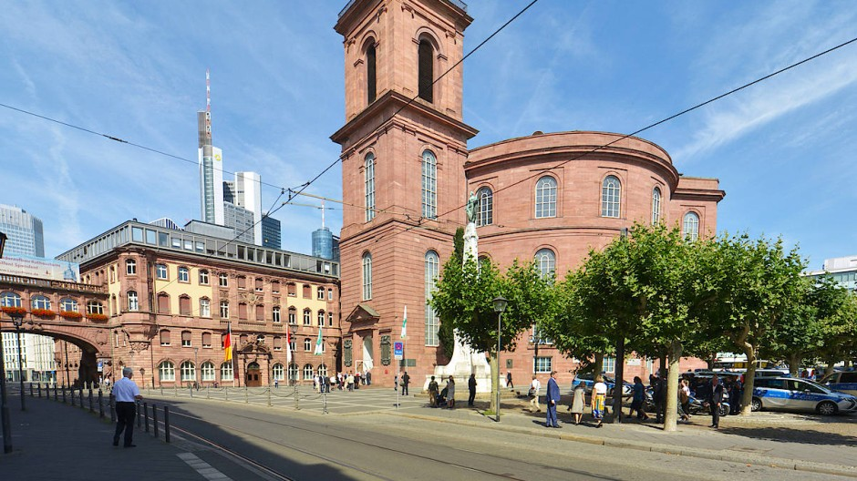 Fehlt es ihr an Aura? Die Diskussion um die Neugestaltung der Paulskirche nimmt Fahrt auf.