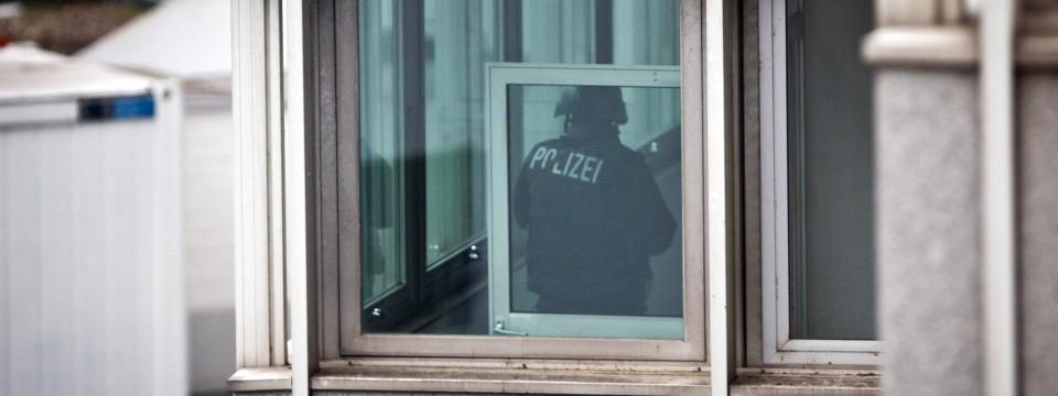 frankfurter polizei so viele verbrechen wie lange nicht. Black Bedroom Furniture Sets. Home Design Ideas
