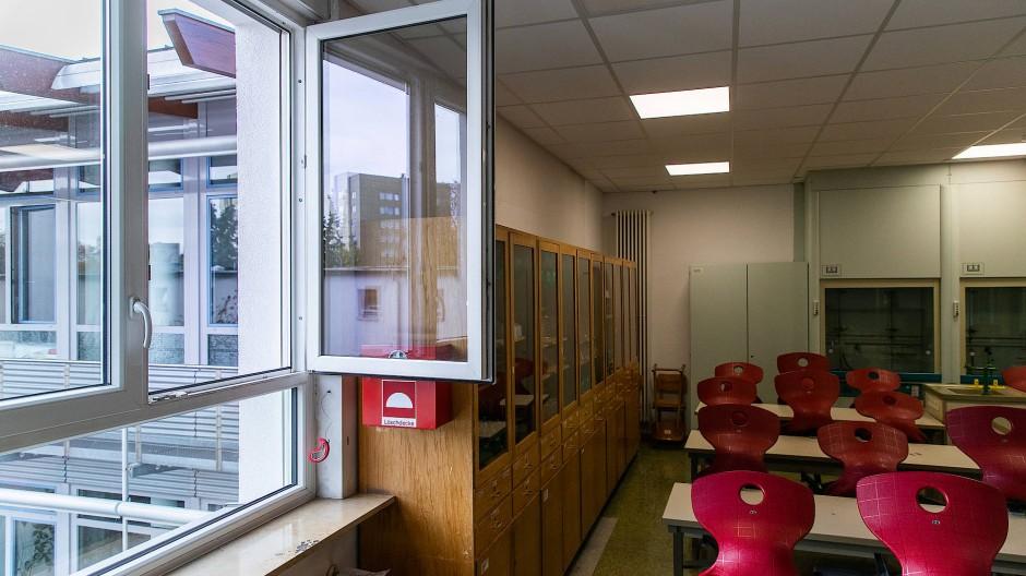 Gegen Viren: Klassenzimmer sollen regelmäßig gelüftet werden.