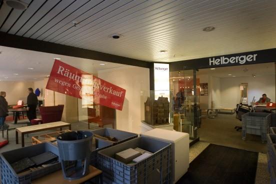 leerstand in frankfurt aldi und hifi profis ziehen ins alte helberger haus wirtschaft faz. Black Bedroom Furniture Sets. Home Design Ideas